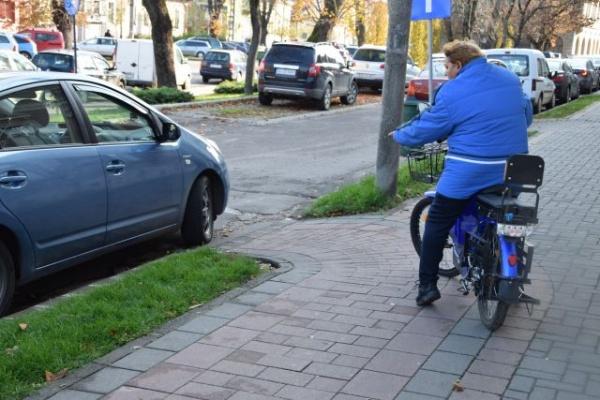 Pistă de biciclete blocată