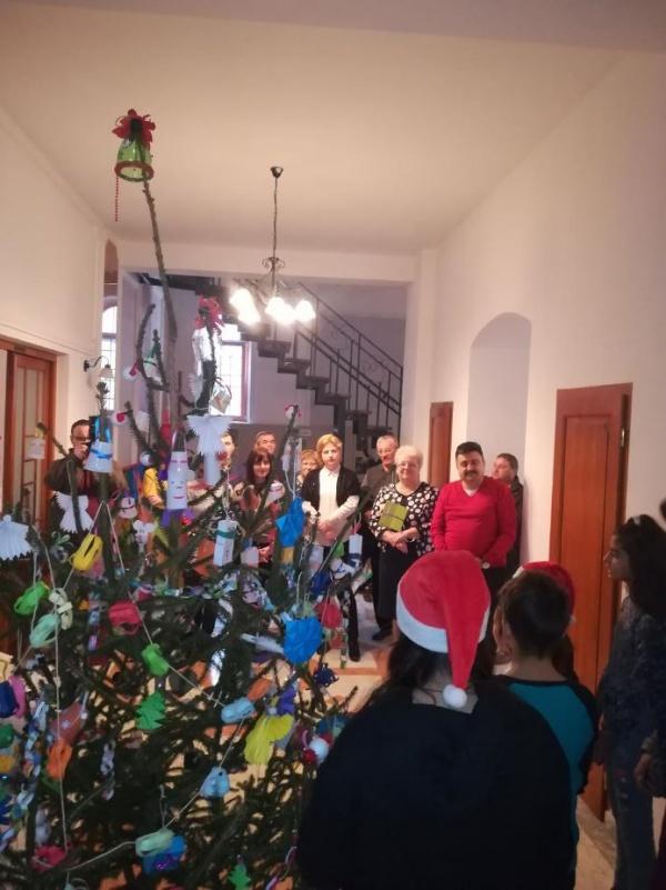 Împodobirea Bradului ECO la Casa Verde