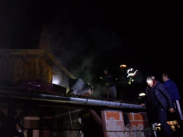 Pompierii careieni au stins un incendiu la Pișcolt