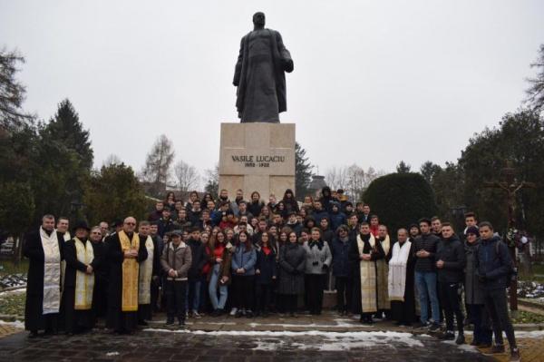 Vasile Lucaciu și Petru Bran omagiați de profesorii și elevii  Colegiului Național Mihai Eminescu