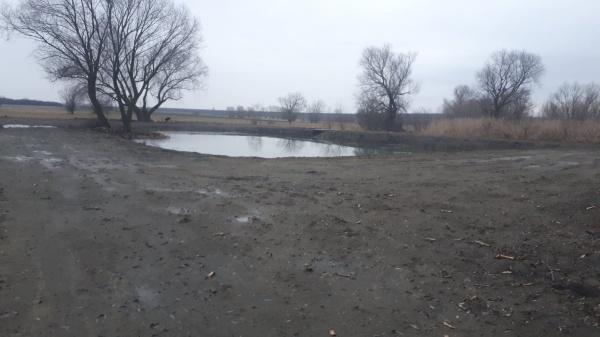 La Bobald răsar lacurile ca ciupercile după ploaie. APM Satu Mare nu a eliberat niciun aviz