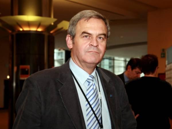 Laszlo Tokes atacă corupţia din UDMR