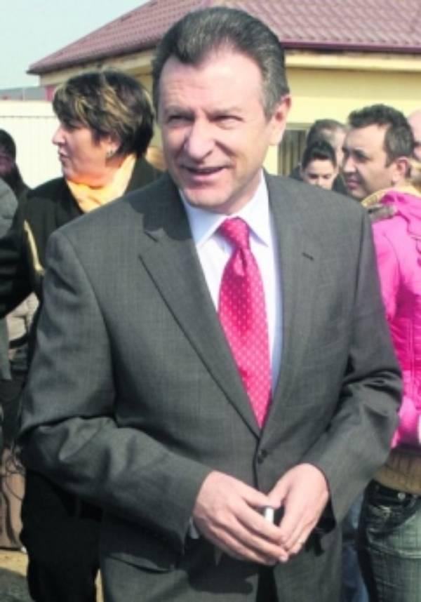 Berceanu confirmă planul prezidenţial privind înfiinţarea Mişcării Populare