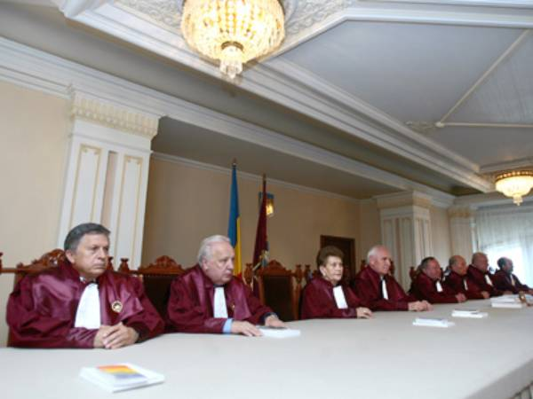 Mircea Duşa: Nu e scris in Constituţie că UDMR trebuie să fie mereu la Guvernare