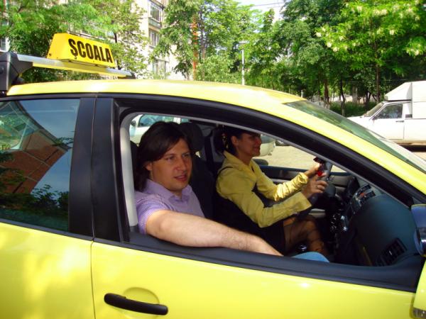 1282, un nou serviciu telefonic pentru şoferi