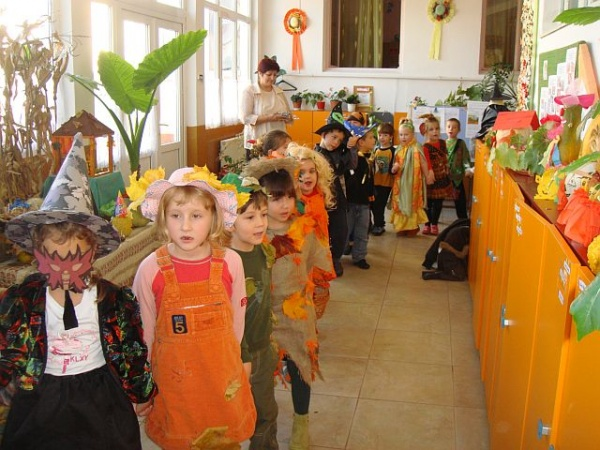 Carnavalul Dovlecilor la Grădiniţa nr.3