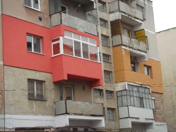 Reabilitarea termică şi aspectul cromatic al blocurilor careiene