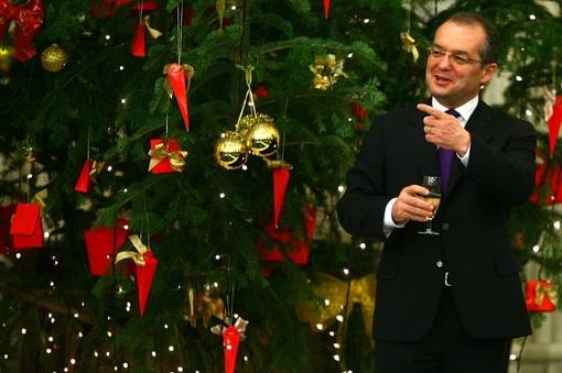 Moş Crăciun a plătit tainul pentru UDMR