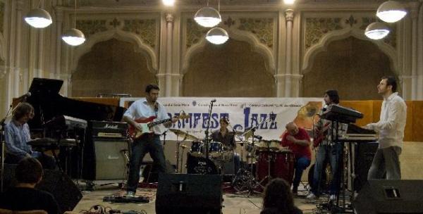 Concert de jazz-rock cu trupa JazzTenso