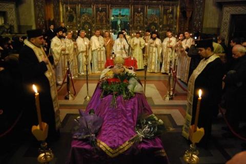 Trei zile de doliu la Cluj-Napoca în memoria Mitropolitului Bartolomeu Anania
