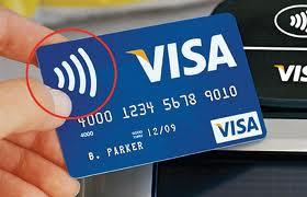 """Cardurile """"contactless"""" aduc in România comerţul viitorului"""
