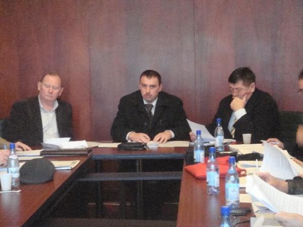 Bani din Primăria Carei ajung în conturile unor firme legate de consilierul municipal Poosz