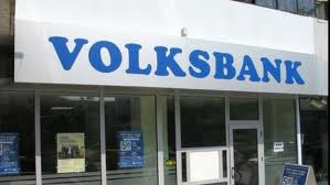 Volksbank dă in judecată Guvernul şi ANPC şi cere despăgubiri de un milion de euro