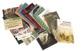 Consiliul Național al Elevilor și Librăriile Humanitas premiază iubitorii de carte