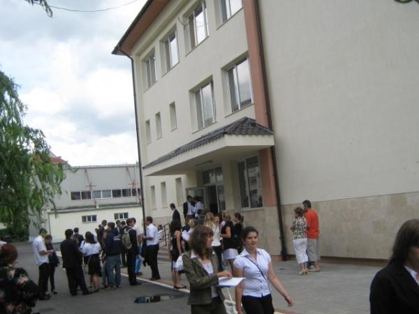 Peste 150 de contestaţii la centrele de examen din Carei