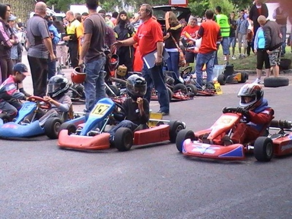 Concurs de karting ,,VILLA  KARUL,,