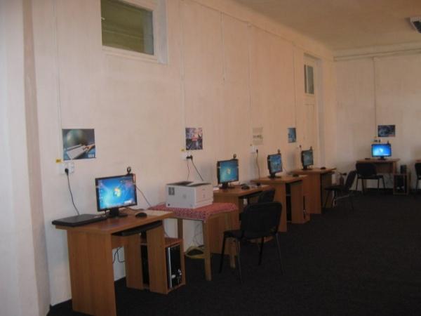 BIBLIONET -Internet gratuit la Biblioteca Municipală Carei