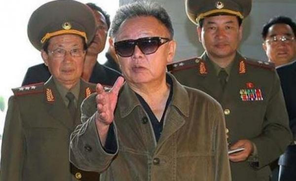 Coreea de Nord închide toate universităţile şi trimite studenţii la muncă