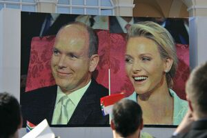 O nouă nuntă regală.Prinţul Albert al II-lea şi Charlene Wittstock sunt soţ şi soţie