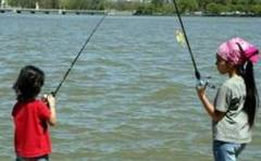 Concurs de pescuit pentru copii