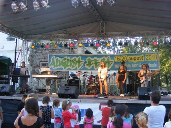 În curând AustFest 2011