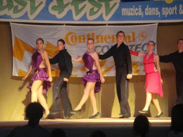 Dansul, terapie pentru adolescenţi