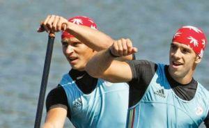 Dumitrescu şi Mihalachi sunt din nou campioni modiali pe distanţa de 500 de metri