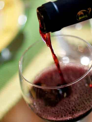 Vinul, leac împotriva arsurilor solare