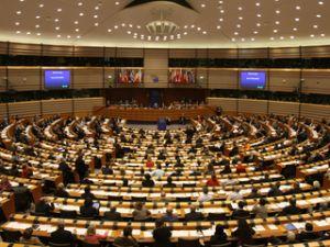 Băsescu a decis să convoace Parlamentul pe 19 decembrie
