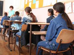 Elevii indisciplinaţi vor petrece o oră in sala de reflecţie