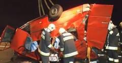 Grav accident rutier in Ungaria: 14 români au murit