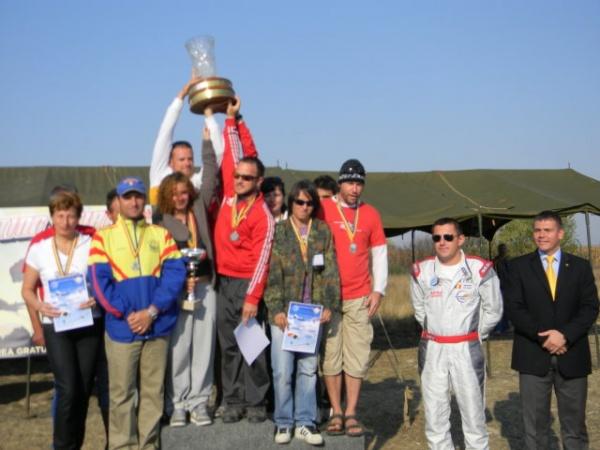 Campionatul Naţional şi Cupa României la paraşutism,la final