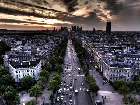 Franţa se pregăteşte pentru naţionalizarea băncilor