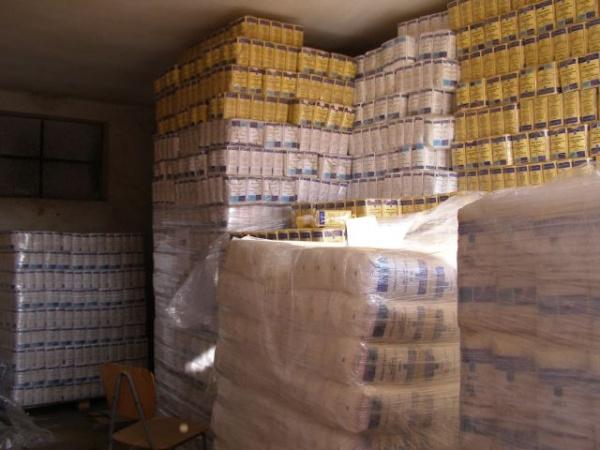 550 de careieni mai sunt aşteptaţi să îşi ridice ajutoarele alimentare