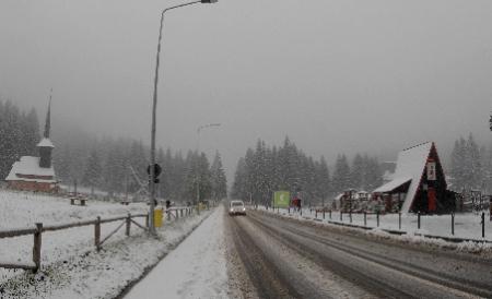 România cheltuieşte pe deszăpezirea şoselelor cât Finlanda