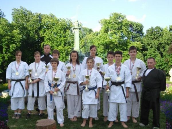 Prezenţe careiene la Campionatul Naţional de Karate Shotokan, kata şi kumite echipe