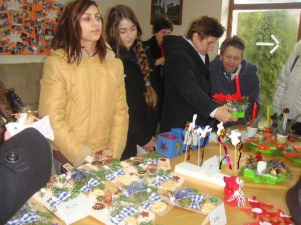 Expoziţie de ornamente de Crăciun
