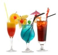 Reţete de cocktail-uri pentru Anul Nou. Ameţeşte-te cu arome!