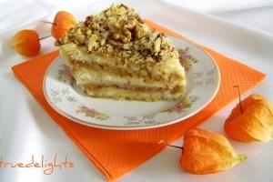 Prăjitură cu mere şi griş – de post