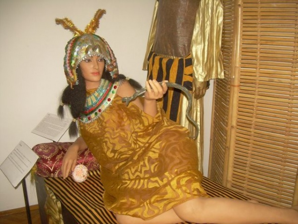 Cleopatra  şi piraţii din Caraibe la Satu-Mare
