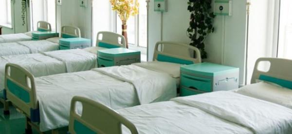 Spitale dotate cu aparatură de sute de mii de euro, închise de Boc, au fost redeschise. Pacienţii, în culmea fericirii