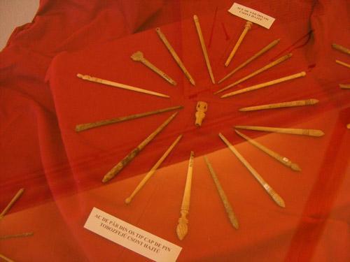 Lux, util şi estetic la Apulum