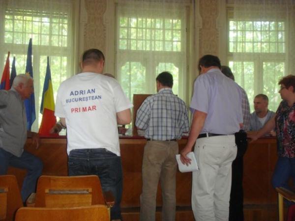 Alegeri 2012:La Carei,8 candidaţi pe un loc de consilier