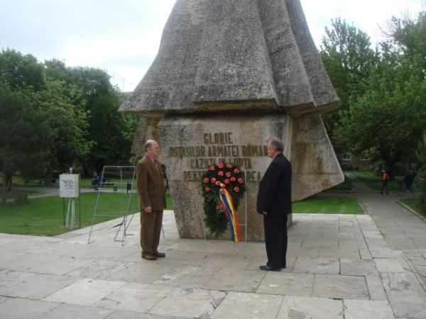 Ziua Eroilor la Monumentul Ostaşului Român din Carei