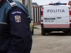 Suspecţi de furt reţinuţi de poliţişti