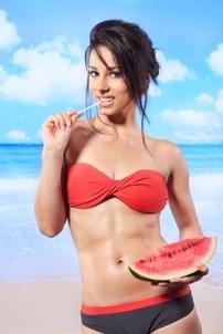 7 alimente care te ajută să arăţi supersexy în bikini