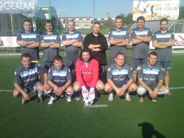 Începe Campionatul local de minifotbal