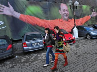 Apel către loialiștii lui Traian Băsescu