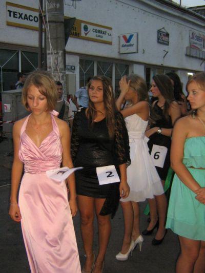 Înscrieri pentru Miss Carei şi competiţii sportive