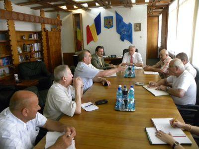 Prefectul Eugeniu Avram se implică în relansarea pomiculturii în judeţul Satu Mare